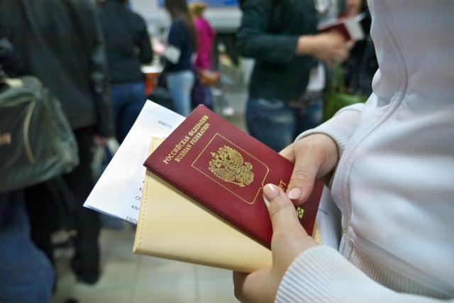 Сколько можно жить без прописки в России