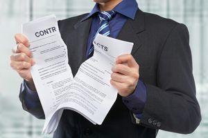 Как выселить квартирантов, которые не платят с договором и без него